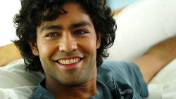 Adrian Grenier11 How To: Wear a Scruffy Beard